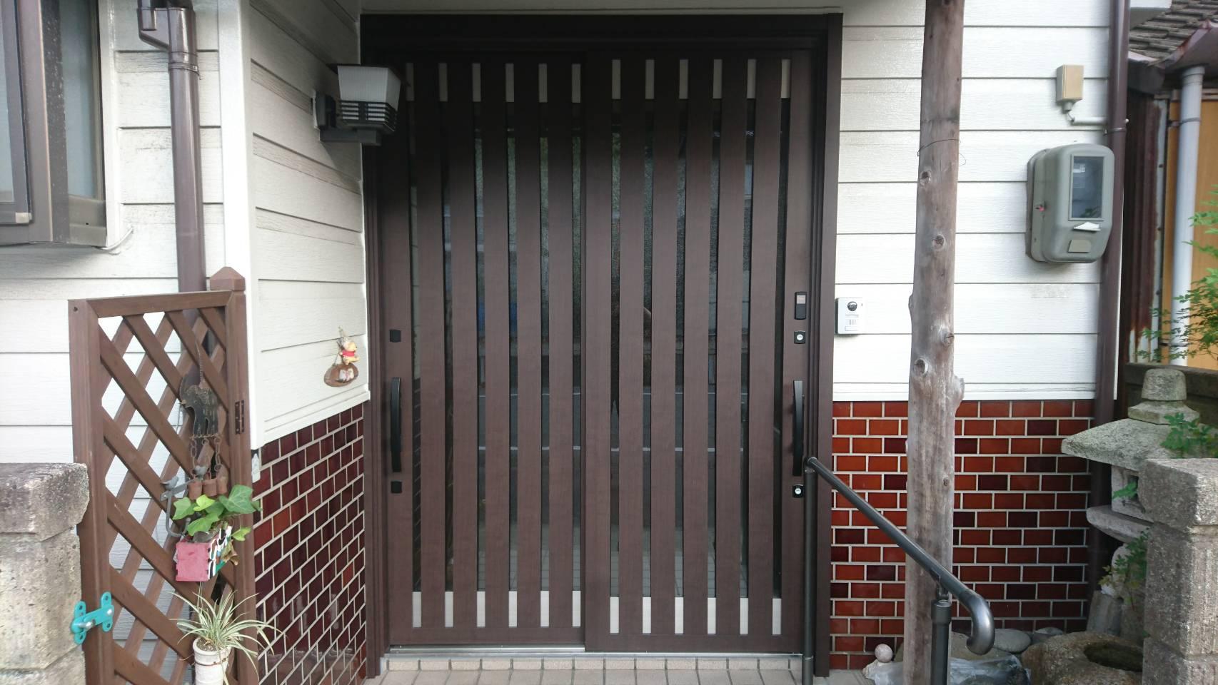 シーエス建材トーヨー住器の岡山市 玄関引戸 交換工事の施工事例写真