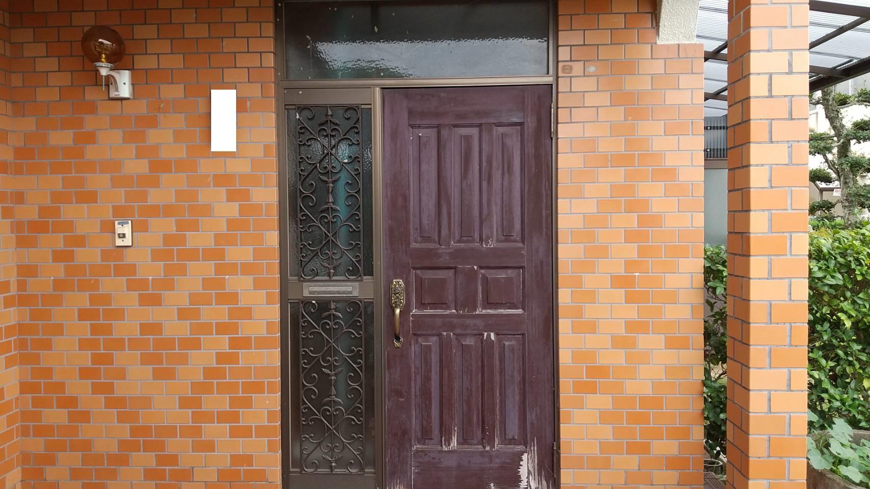 シーエス建材トーヨー住器の玄関 リフォーム工事の施工前の写真1